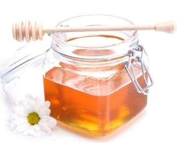 Phục hồi làn da cháy nắng bằng mật ong
